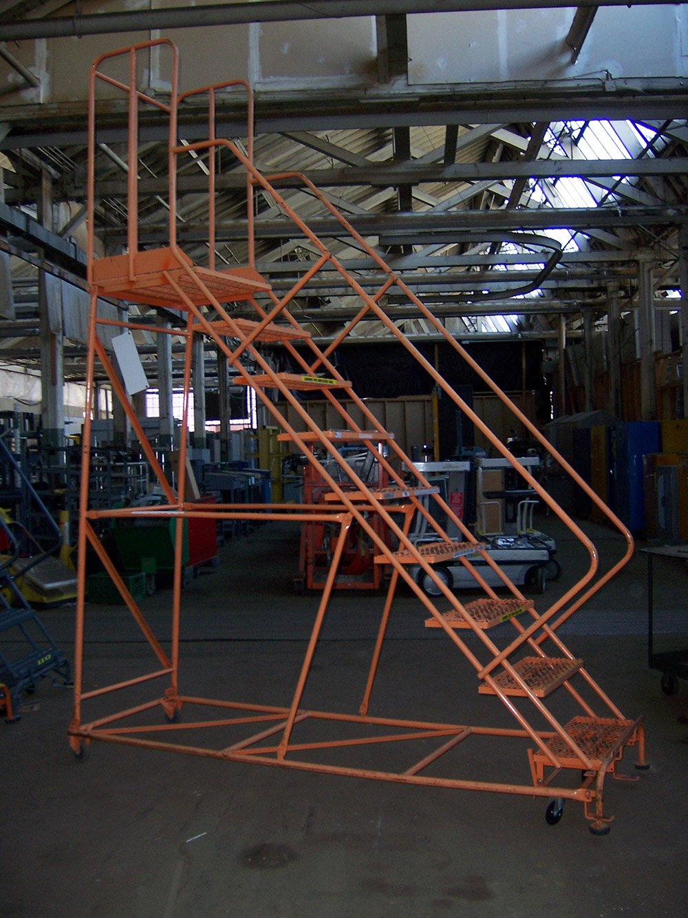 9 Step Rolling Ladder 001