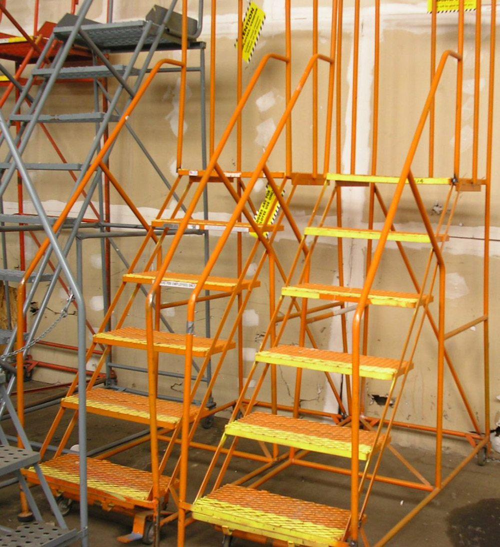 Rolling-Ladders